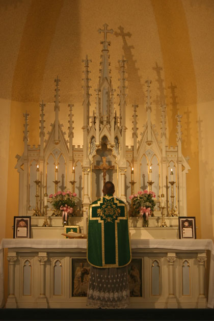 Fr. Stinson, FSSP Offering Mass on October 11, 2015